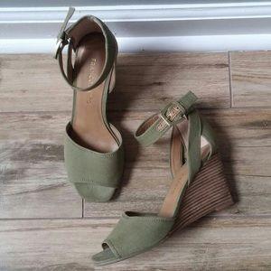 Franco Sarto Ankle Strap Green Sandals